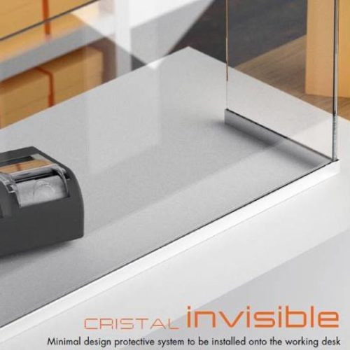 Cristal invisible, minimal design protective system to be installed onto the working desk.